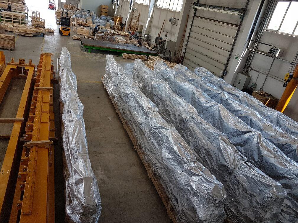 pakiranje tovora prekomorsko lesen pod comark