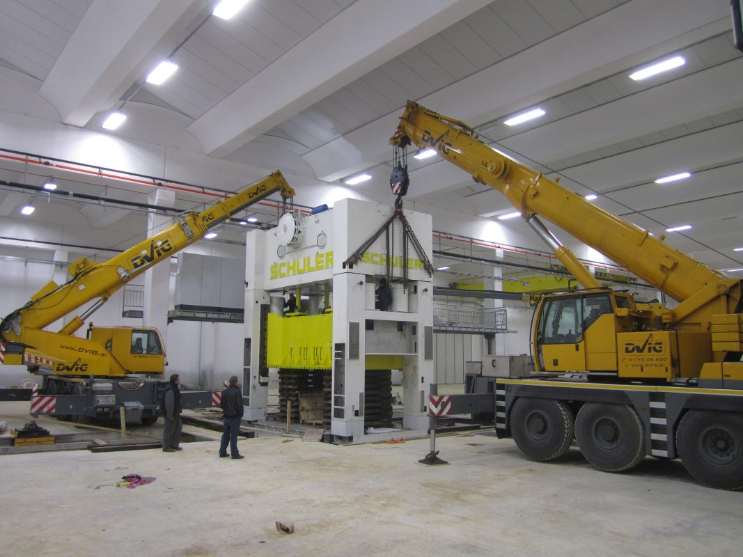 selitev opreme RAL comark slovenija temelji postavitev scaled