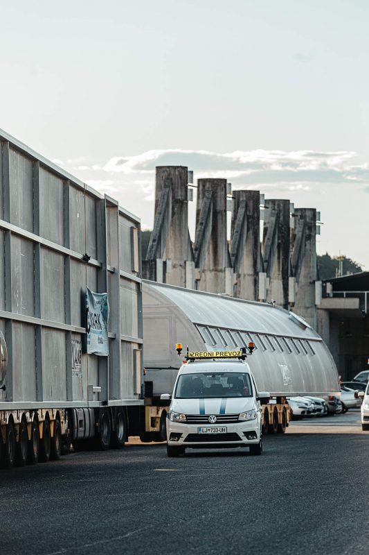 spremstvo izredni prevoz comark slovenija projektni tovor