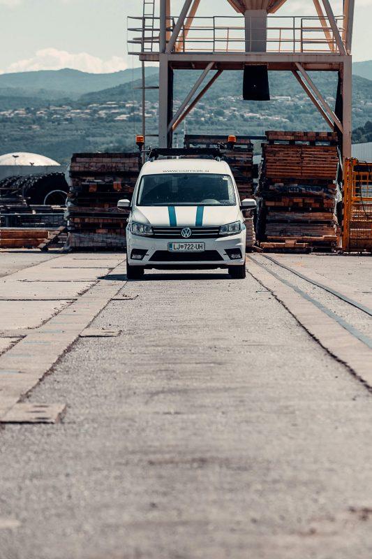 spremstvo izredni prevoz vozilo lucke luka koper slovenija