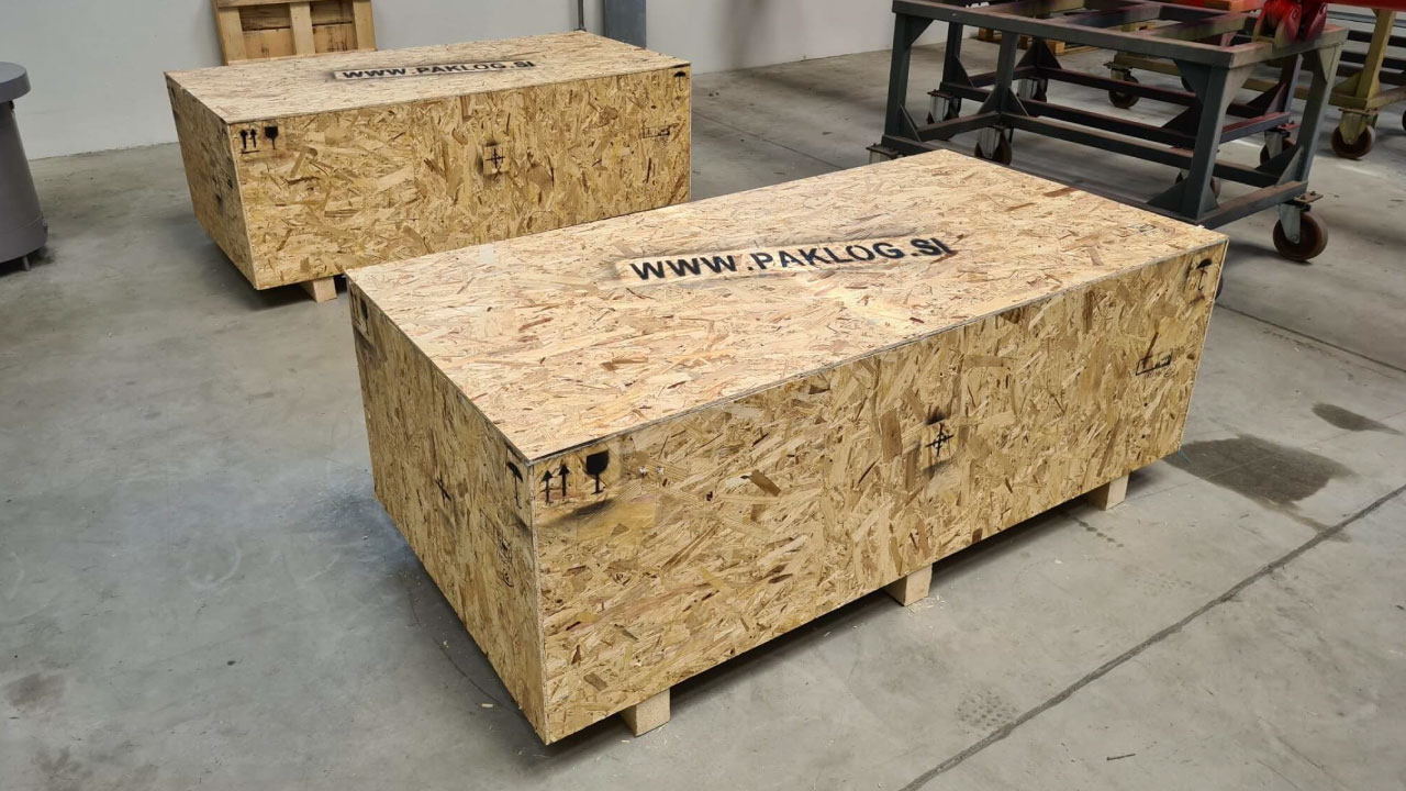 pakiranje tovora OSB zaboj prekomorsko comark 1