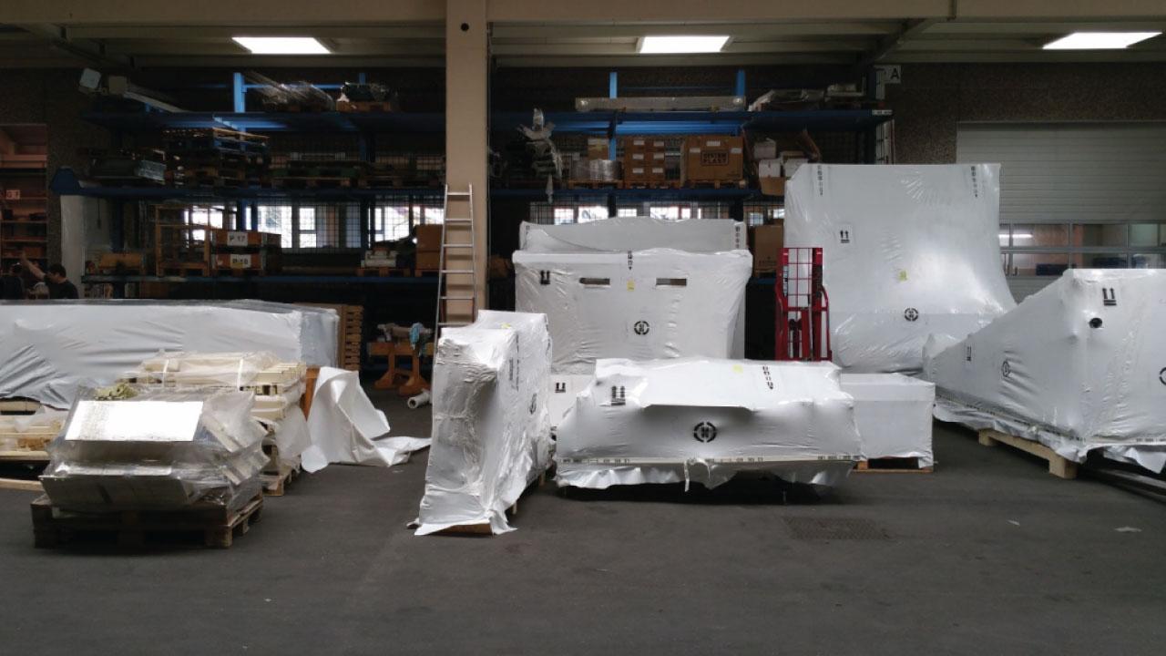 pakiranje tovora termoskrcljiva folija shrink wrap teren comark 1