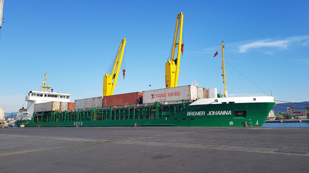 projektni tovor comark slovenija charter kontejnerji