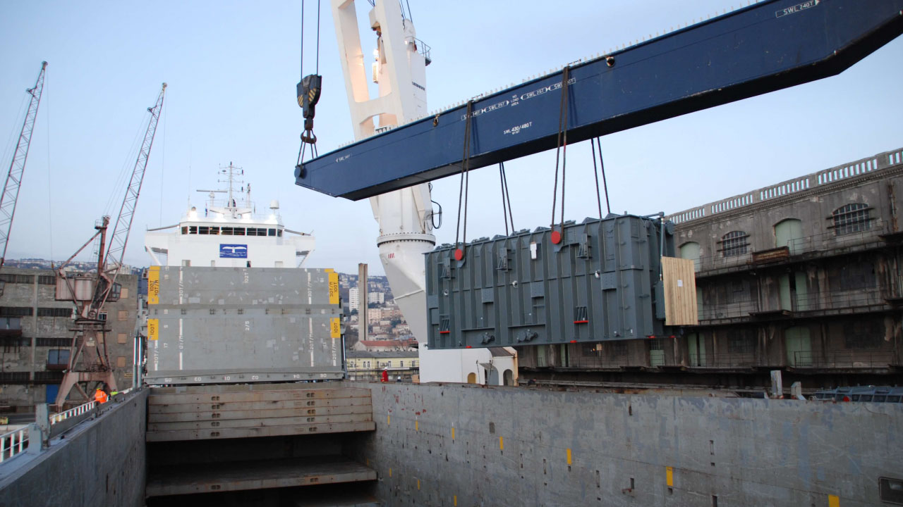 projektni tovor comark slovenija transformator ladja naklad charter