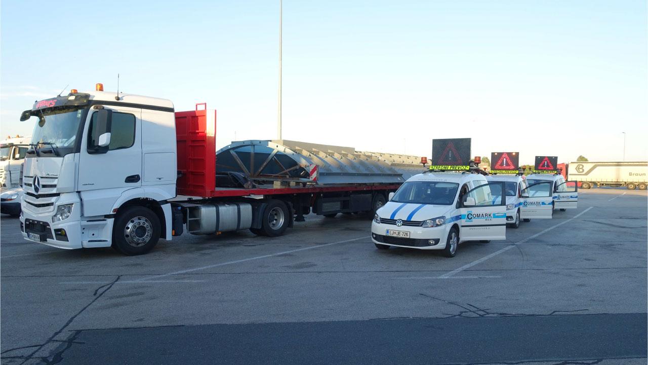 spremstvo izredni prevoz comark slovenija poziranje postajalisce escort permit