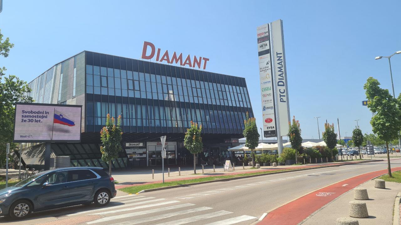 comark diamant btc nov naslov italijanska ulica 8